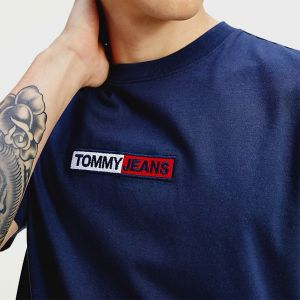 T-SHIRT BOX LOGO