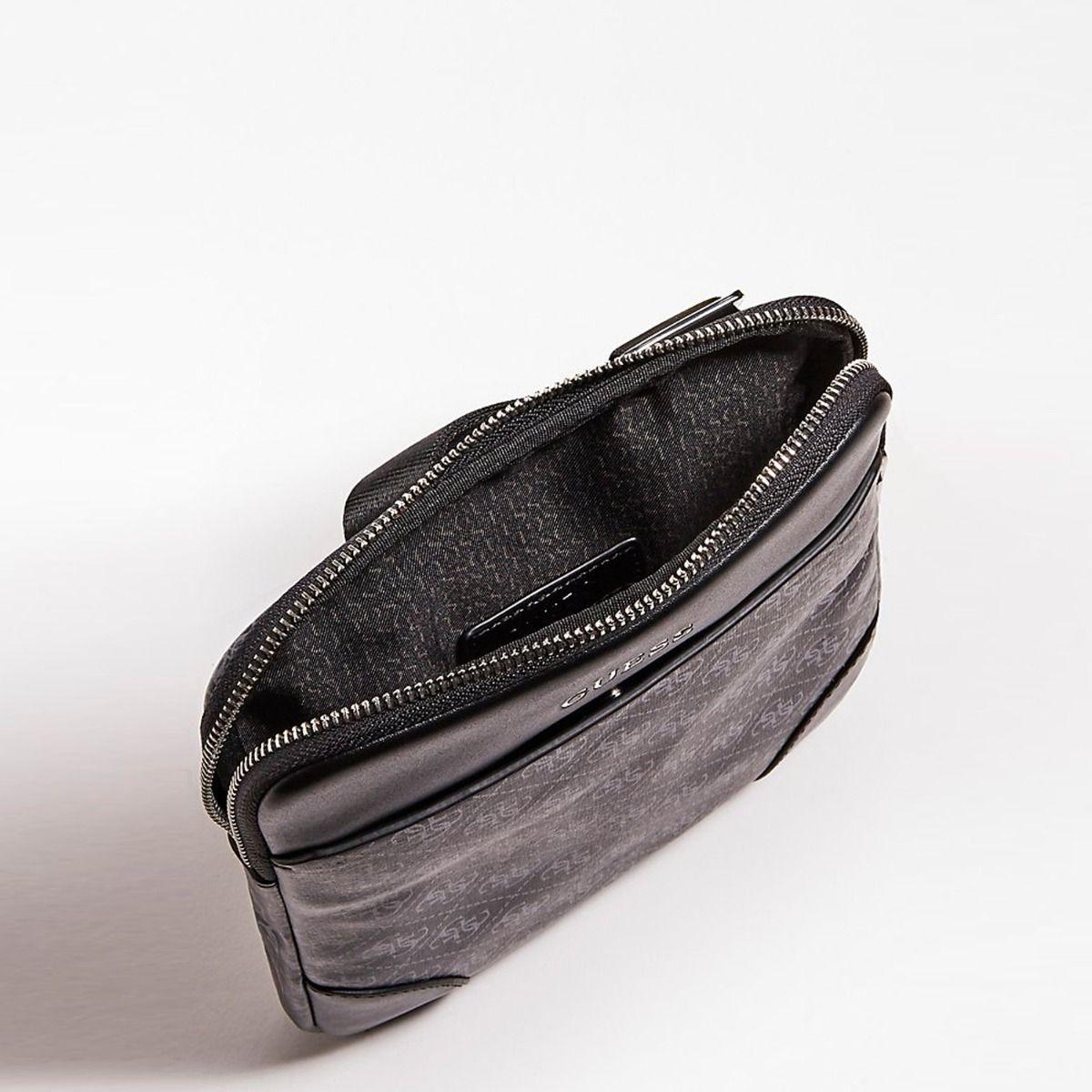 Guess portafoglio manhattan logo in ecopelle nero