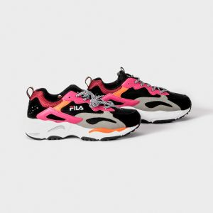SNEAKER RAY TRACER